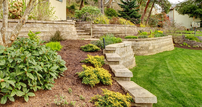 backyard retaining wall